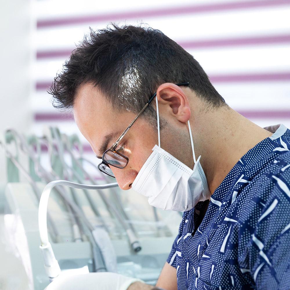 دکتر محمد هادی قادری