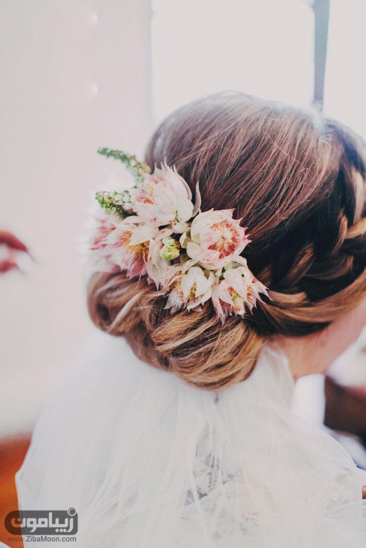 شینیون مو با گل طبیعی