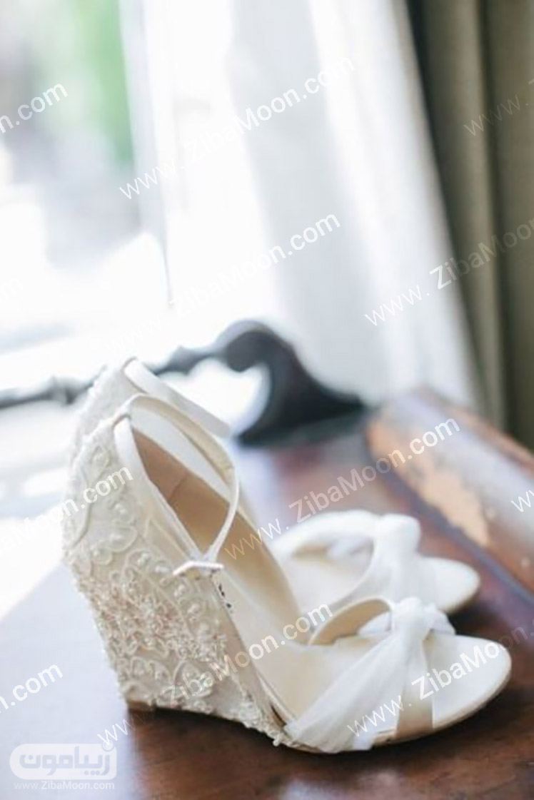 صندل عروس با پارچه بلند و یکپپارچه