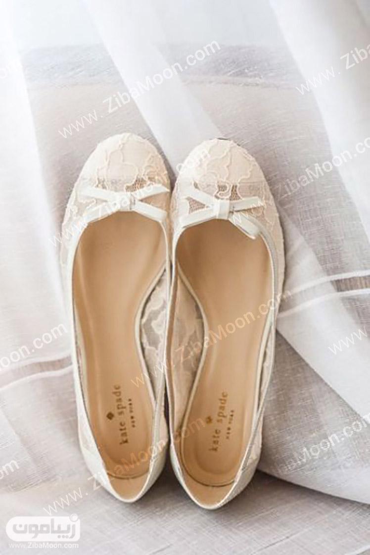کفش عروس ساده با پاشنه تخت