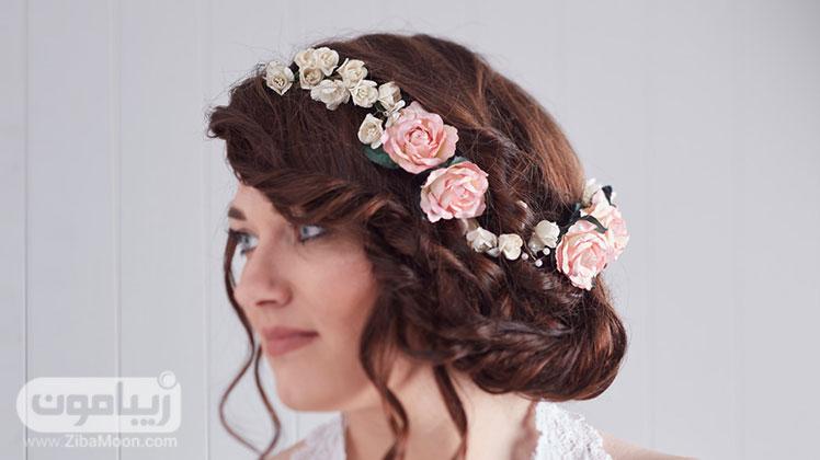 تاج عروس با گل های صورتی