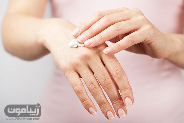 کرم مرطوب کننده برای دست