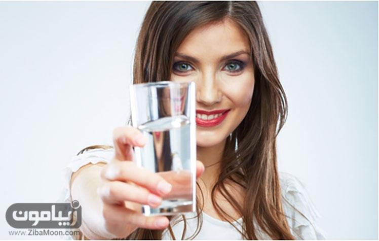 نوشیدن آب برای چاقی صورت