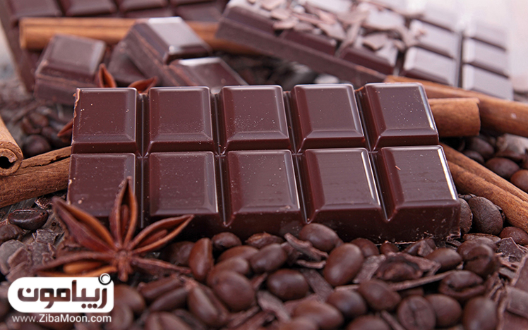 شکلات تلخ مربعی
