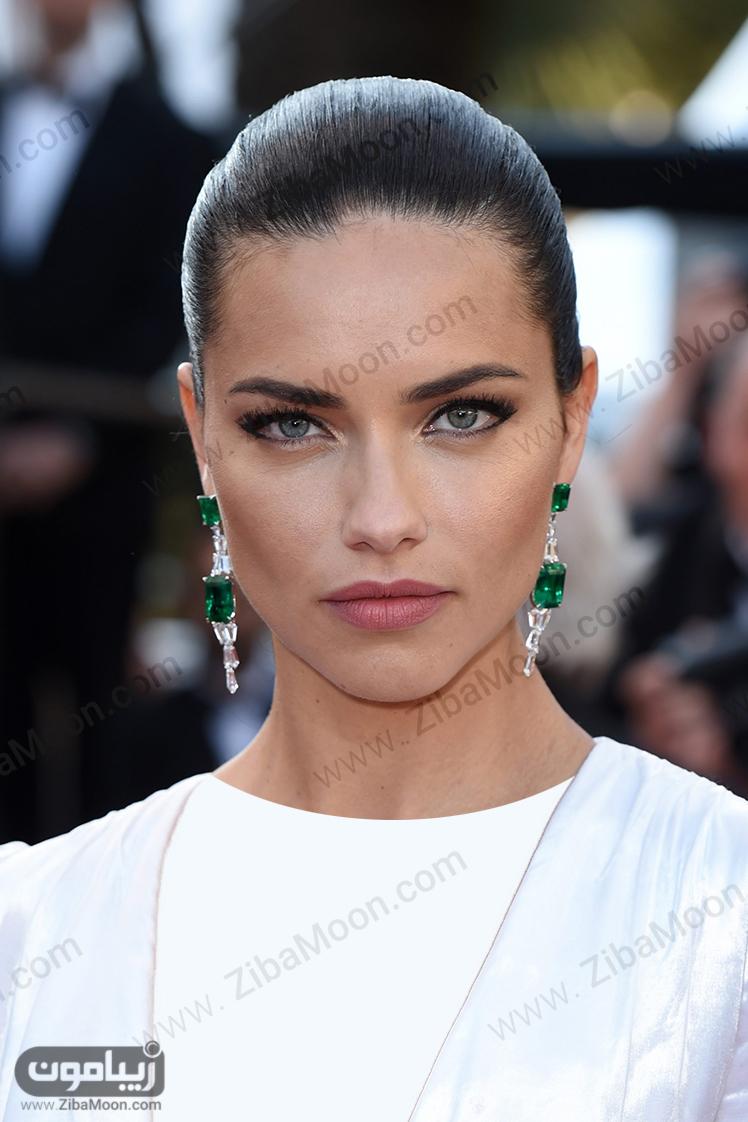 زن زیبای برزیلی ادریانا لیما