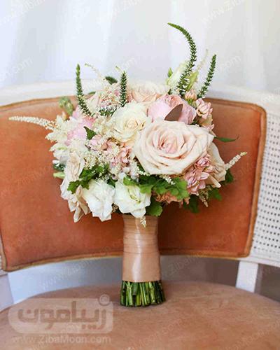 دسته گل عروس با گلهای هلویی