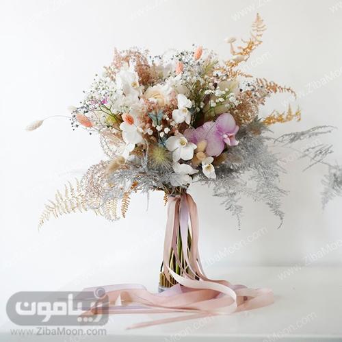دسته گل فانتزی و مدرن برای عروس