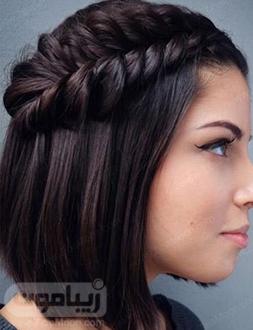 بافت مو زیبا روی موهای کوتاه و مشکی