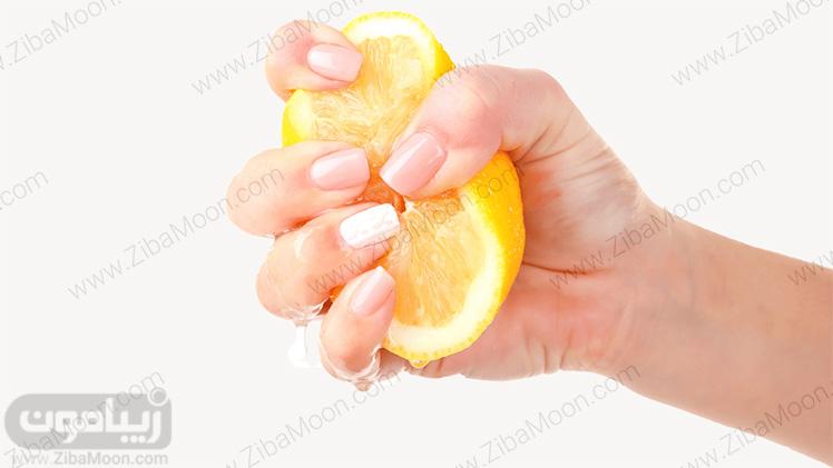 لیمو برای رفع بوی پیاز