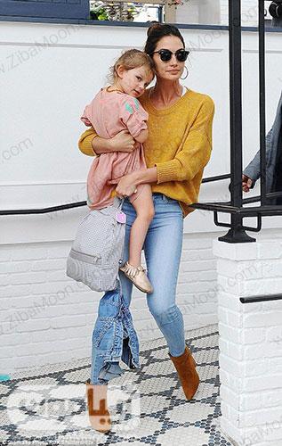 لی لی آلدریج و دخترش