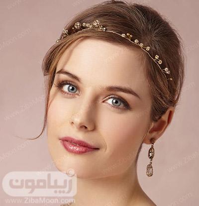 آرایش عروس ساده و ملایم با رژلب قرمز درخشان
