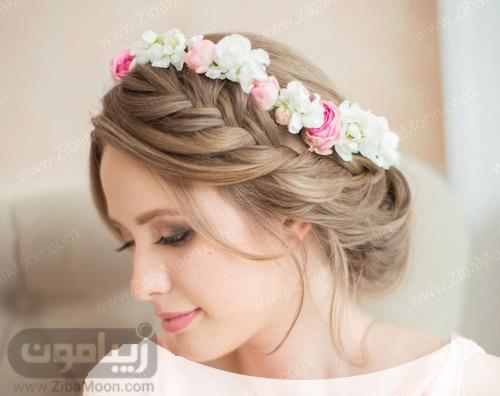 شینیون مو عروس با تاج گل طبیعی