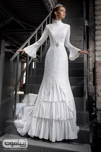 لباس عروس با آستین بلند و دامان چین دار