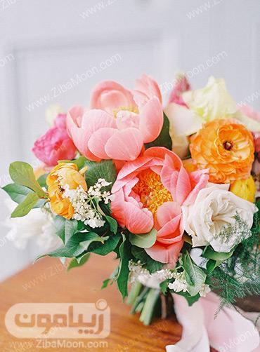 گل آرایی عروسی با گلهای مرجانی