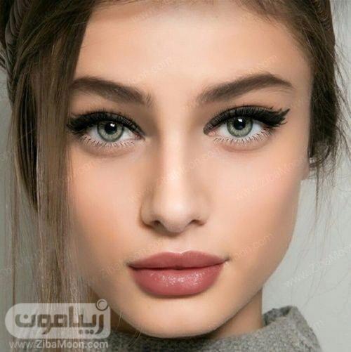 مدل میکاپ لایت دخترانه با لنز روشن
