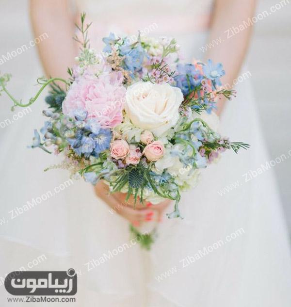 دسته گل عروس با گل های زیبا و خاص