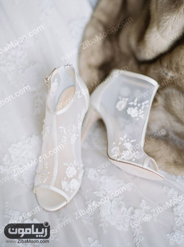 کفش عروس حریری و شکوفه دار