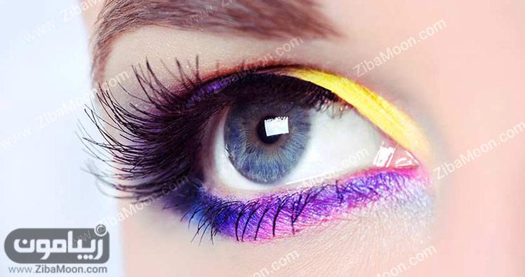 آرایش چشم با خط چشم بنفش و سایه زرد