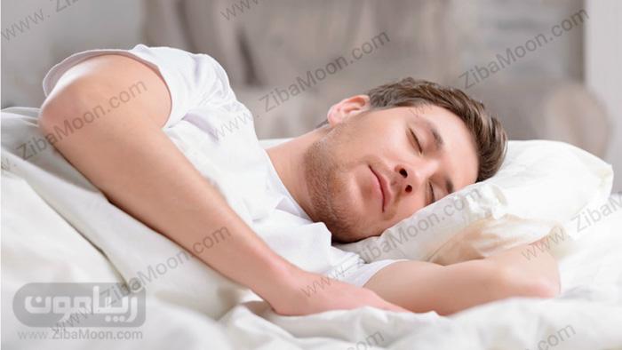 مرد خوابیده