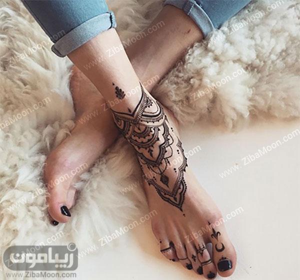 نقش حنا روی پا