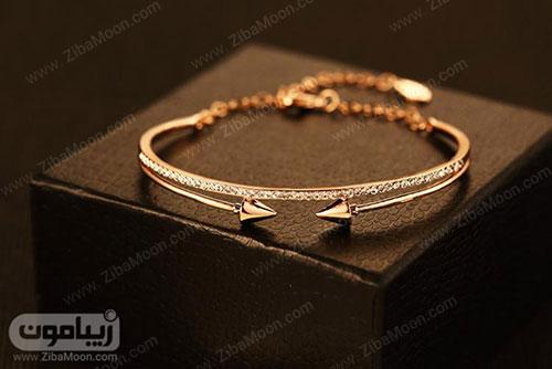 دستبند طلا با نگین های ریز