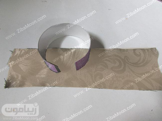 پارچه و دستبند پلاستیکی