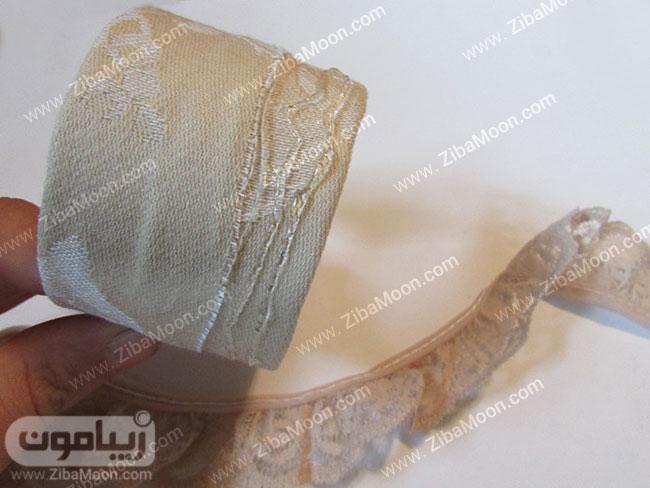 چسابندن نوار گیپوری به دور دستبند