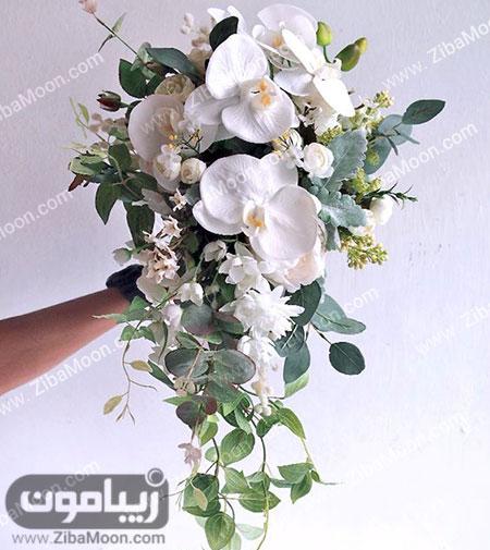 دسته گل آبشاری با گل ارکیده
