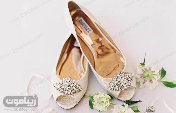 کفش عروس تخت
