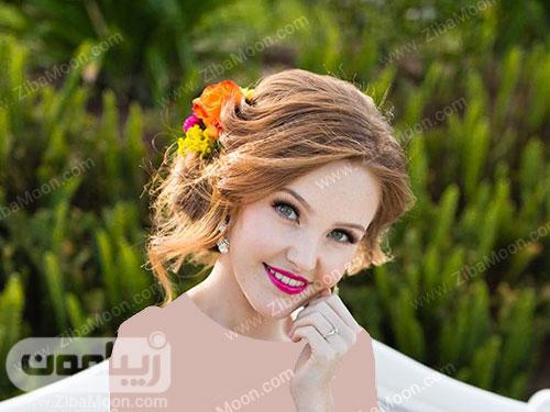 عروس زیبا با رژلب صورتی