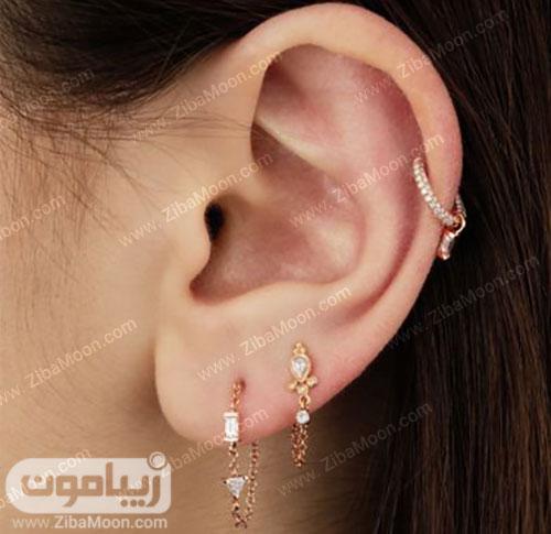 گوشواره حلقه ای زیبا روی گوش