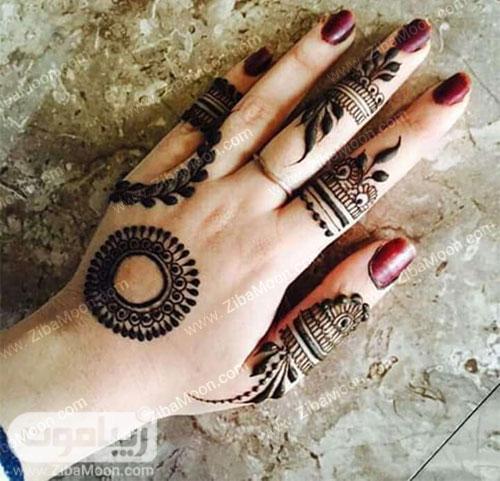 ترکیبی از چند مدل طرح حنا روی دست