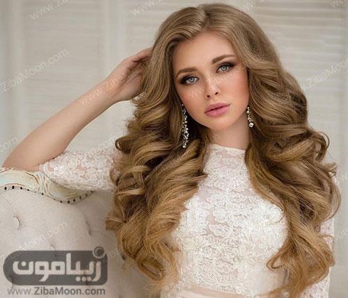 عروس زیبا با موهای بلند و باز