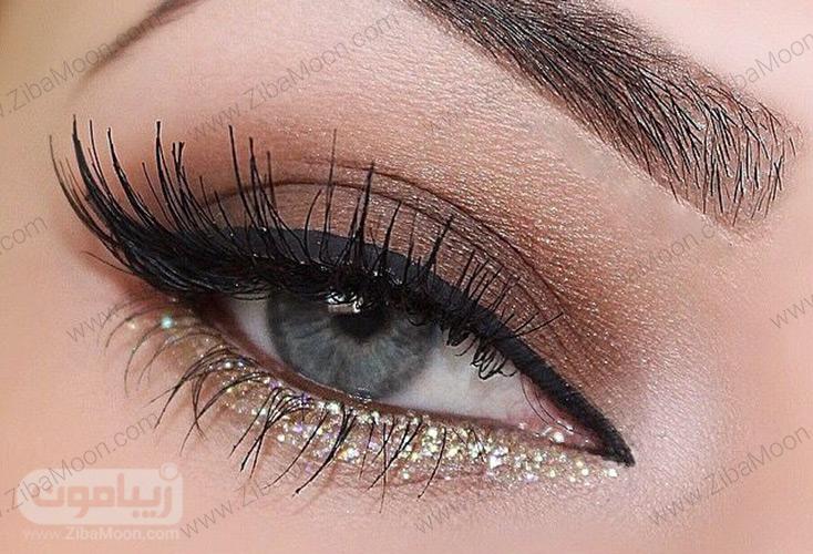 آرایش چشم با سایه طلایی و اسموکی