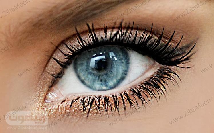 آرایش چشم زیبا با ریمل چند لایه