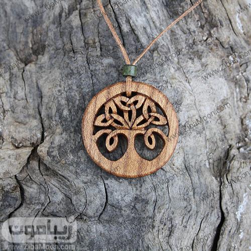 گردنبد چوبی زیبا