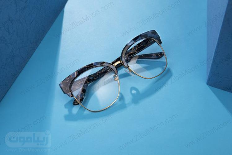 عینک طبی با فریم رنگی