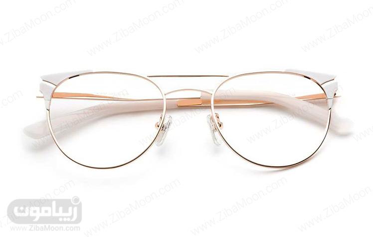 عینک طبی با فریم فلزی و رنگ سفید