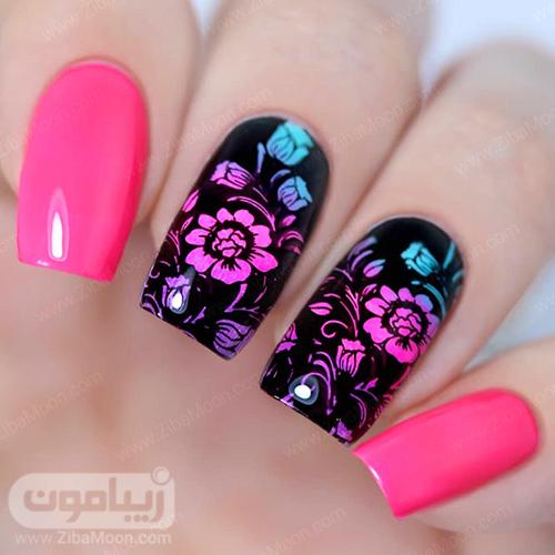 طراحی ناخن با گلهای سایه روشن صورتی و آبی