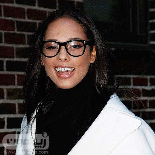 عینک مناسب برای فرم صورت مستطیلی