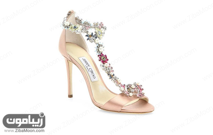 کفش عروس پر زرق و برق