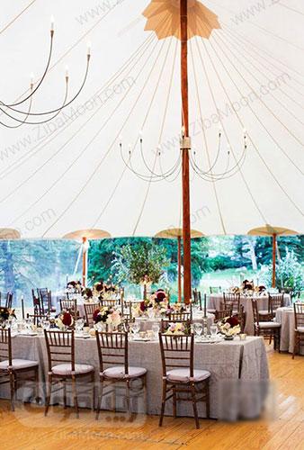 چادر در باغ عروسی