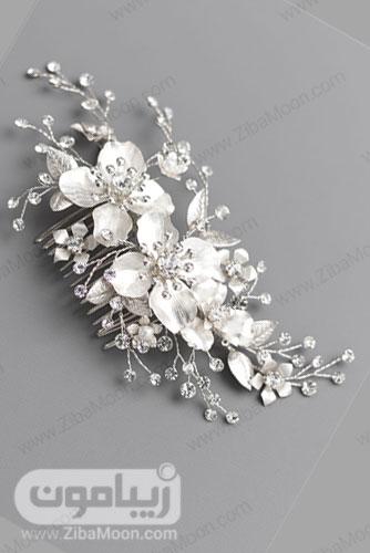 شانه مو نقره ای پلاتینی عروس با گل های پلاتینه و کریستالی 25