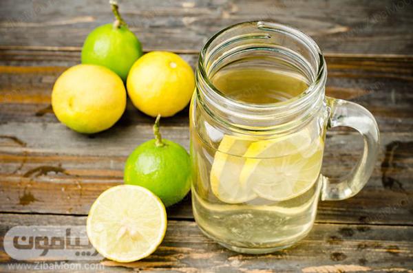 آب گرم و لیمو