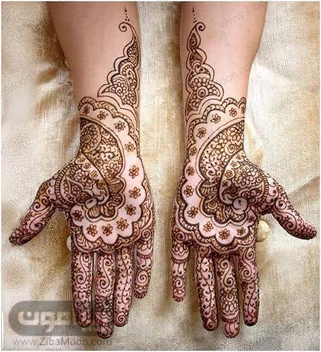 نقش حنای ظریف و کامل روی دست ها