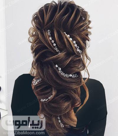 شنیون مو باز با اکسسوری زیبا و درخشان