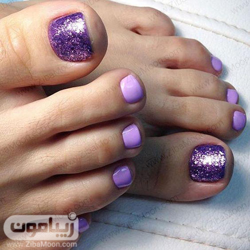طراحی ناخن پا با لاک بنفش روشن