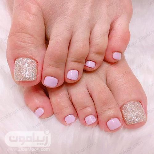 مدل لاک ساده صورتی برای ناخن پا
