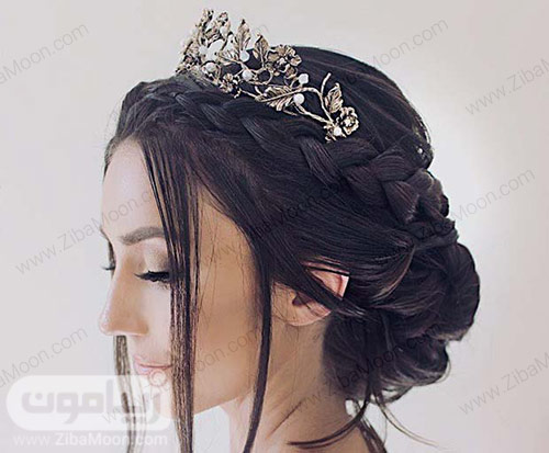 شینیون مو زیبا با تاج فلزی