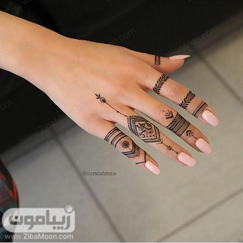 مدل طرح حنا ساده و ظریف روی انگشتهای دست